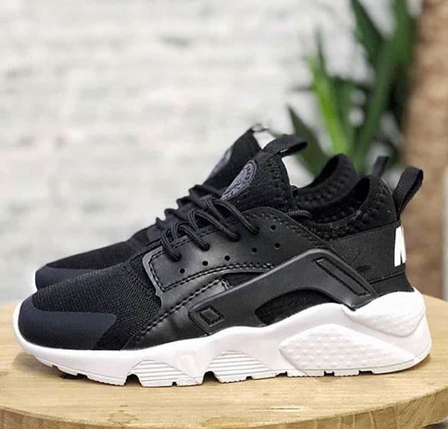 Replika Nike Huarache Siyah Ayakkabı